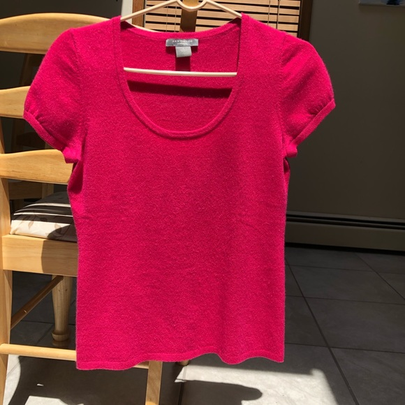 Cashmere scoop neck knit tee hot pink CUTE!